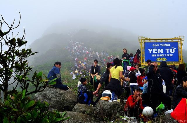 Tour du lịch Hà Nội - Yên Tử 1 ngày