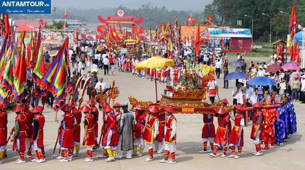 Tour du lịch Đền Hùng