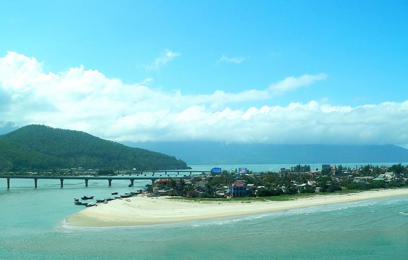 Tour du lịch Hà Nôi- Huế – Lăng Cô – Đà Nẵng 3 Ngày 2 Đêm