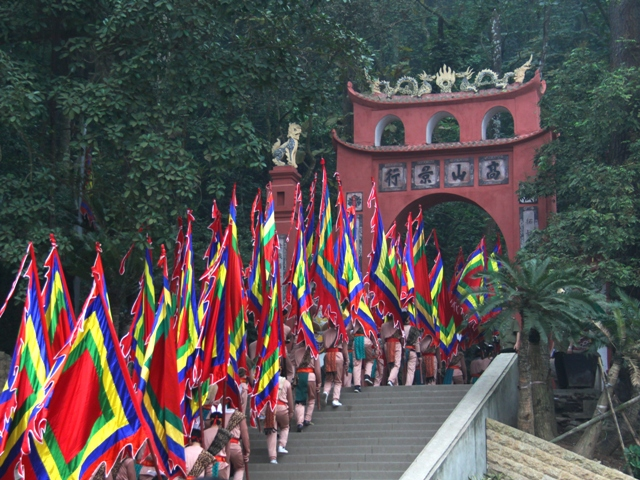 Tour du lịch Đền Hùng 1 ngày