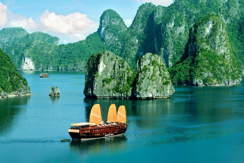 Tour Hà Nội - Hạ Long - Cát Bà - Tuần Châu