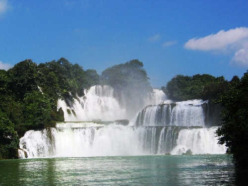 Tour Hồ Ba Bể – Thác Bản Giốc – Hà Nội
