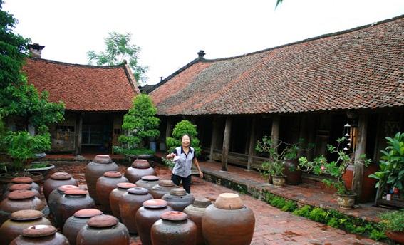 Tour Làng cổ Đường Lâm - làng Lụa Vạn Phúc