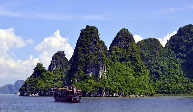 Tou Hà Nội - Hạ Long - Tuần Châu